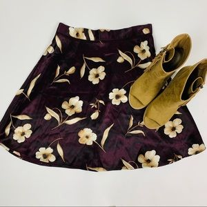 Dresses & Skirts - Size 9 Silky Maroon Skirt